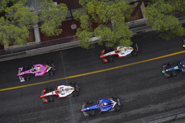 Anthoine Hubert (FRA, BWT ARDEN), leads Mick Schumacher (DEU, PREMA RACING) and Nobuharu Matsushita (JPN, CARLIN)