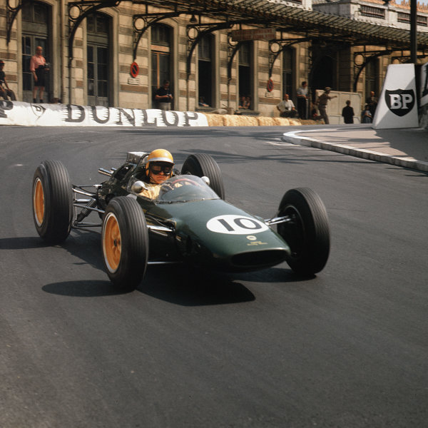 Monte Carlo, Monaco.23-26 May 1963.Trevor Taylor (Lotus 25 Climax) 6th position.Ref-3/0929.World Copyright - LAT Photographic