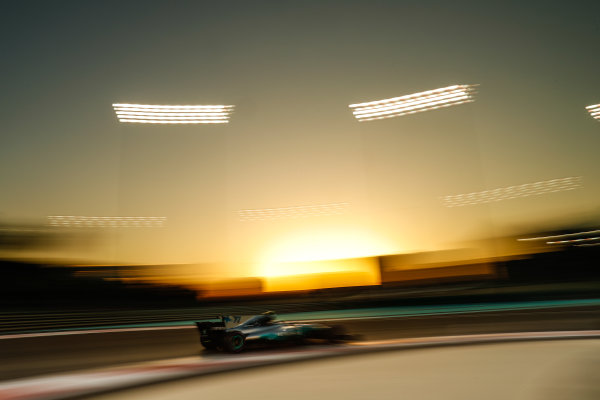Yas Marina Circuit, Abu Dhabi, United Arab Emirates. Saturday 25 November 2017. Valtteri Bottas, Mercedes F1 W08 EQ Power+. World Copyright: Glenn Dunbar/LAT Images  ref: Digital Image _31I7324