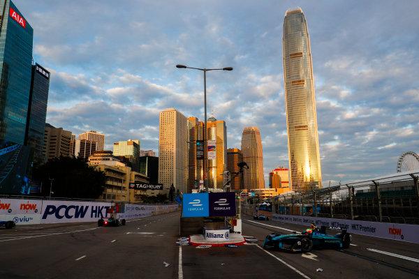 2017/2018 FIA Formula E Championship. Round 1 - Hong Kong, China. Saturday 02 December 2017. Oliver Turvey (GBR), NIO Formula E Team, NextEV NIO Sport 003. Photo: Sam Bloxham/LAT/Formula E ref: Digital Image _J6I3834
