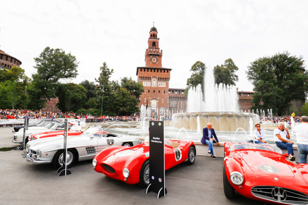 Autodromo Nazionale di Monza, Italy. Thursday 31 August 2017. Pre-event atmosphere at the parade in Milan. World Copyright: Steven Tee/LAT Images  ref: Digital Image _R3I2249