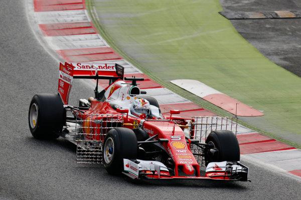 Circuit de Catalunya, Barcelona, Spain Monday 22 February 2016. Sebastian Vettel, Ferrari SF16-H. World Copyright: Alastair Staley/LAT Photographic ref: Digital Image _R6T6584