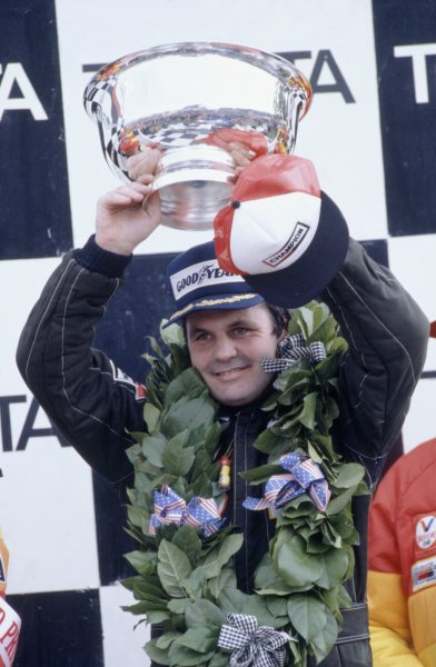 1980 United States Grand Prix.Watkins Glen, USA. 3-5 October 1980.Alan Jones (Williams FW07B-Ford Cosworth), 1st position.World Copyright: LAT PhotographicRef: 35mm transparency 80USA07