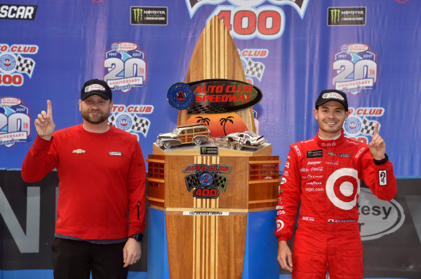 2017 Monster Energy NASCAR Cup Series Auto Club 400 Auto Club Speedway, Fontana, CA USA Sunday 26 March 2017 Kyle Larson celebrates his win in Victory Lane World Copyright: Nigel Kinrade/LAT Images ref: Digital Image 17FON1nk08432