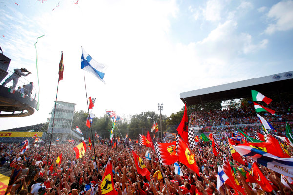 Autodromo Nazionale di Monza, Monza, Italy. Sunday 7 September 2014. Fans gather at the podium to celebrate. World Copyright: Alastair Staley/LAT Photographic. ref: Digital Image _79P6149