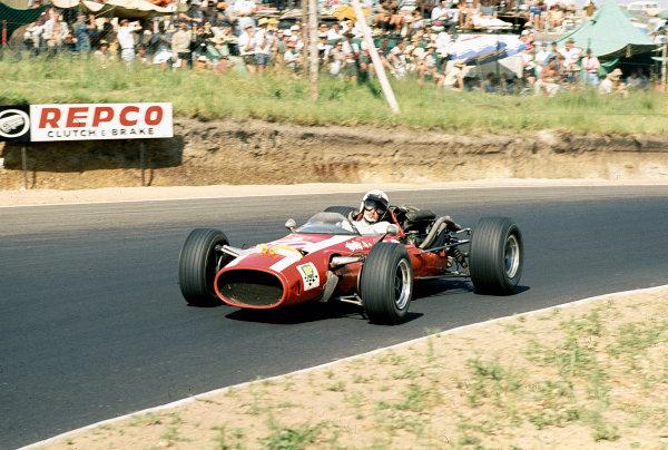 1968 South African Grand Prix.Kyalami, South Africa.30/12/67-1/1/1968.Joakim Bonnier (J Bonnier Racing/Cooper T81 Maserati). Ref-68 SA 28.World Copyright - LAT Photographic