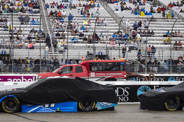 Toyota Tundra track drying team drying the track