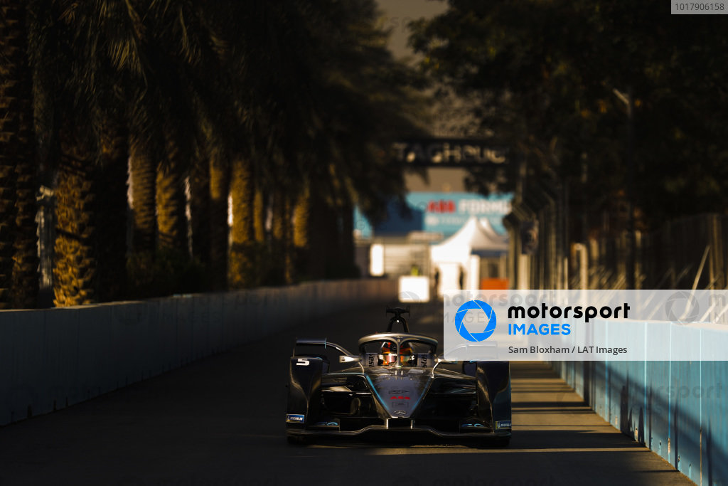Stoffel Vandoorne (BEL), Mercedes Benz EQ Formula, EQ Silver Arrow 01