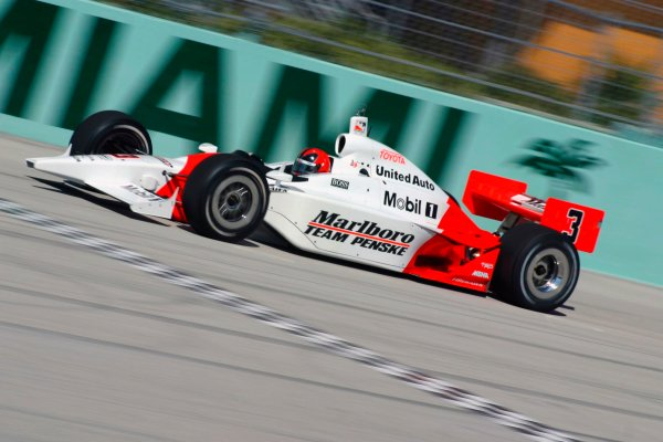 2003 IRL TestingHomestead-Miami, USA. 8th - 9th January 2003.Helio Castroneves, Marlboro Team Penske Dallara Toyota, action.World Copyright: Greg Aleck/LAT Photographicref: Digital Image Only