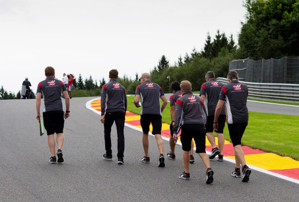 Spa Francorchamps, Belgium.  Thursday 24 August 2017. Romain Grosjean, Haas F1, walks the track with colleagues. World Copyright: Al Staley/LAT Images  ref: Digital Image _X0W0257