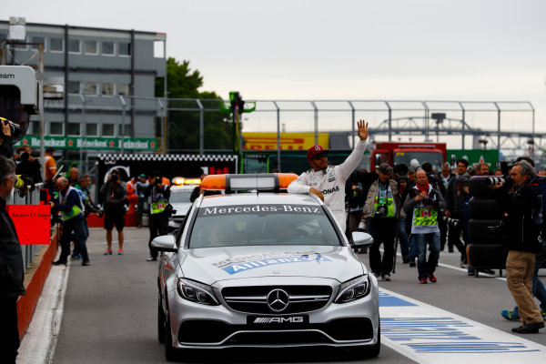 Circuit Gilles Villeneuve, Montreal, Canada. Saturday 11 June 2016. Pole man Lewis Hamilton, Mercedes AMG, in the Medical Car. World Copyright: Steven Tee/LAT Photographic ref: Digital Image _H7I5030