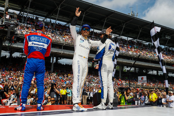 Verizon IndyCar Series Indianapolis 500 Race Indianapolis Motor Speedway, Indianapolis, IN USA Sunday 28 May 2017 Fernando Alonso, McLaren-Honda-Andretti Honda, waves to the fans. World Copyright: Steven Tee/LAT Images ref: Digital Image _R3I8043