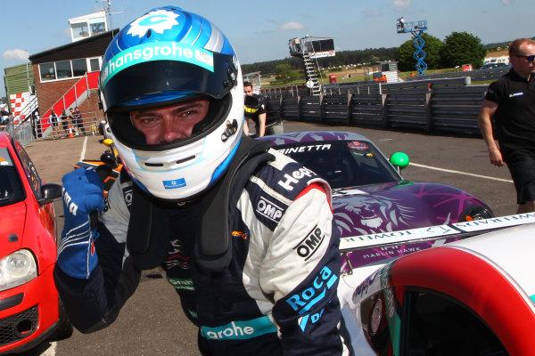 Round 2 - Snetterton
