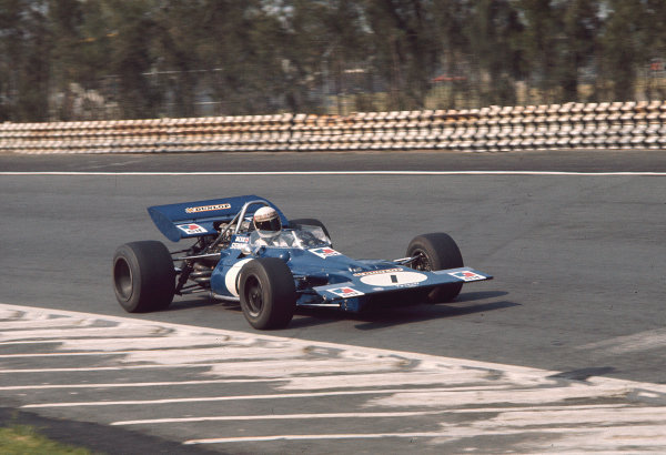 1970 Mexican Grand Prix.Mexico City, Mexico.23-25 October 1970.Jackie Stewart (Tyrrell 001 Ford).Ref-70 MEX 87.World Copyright - LAT Photographic