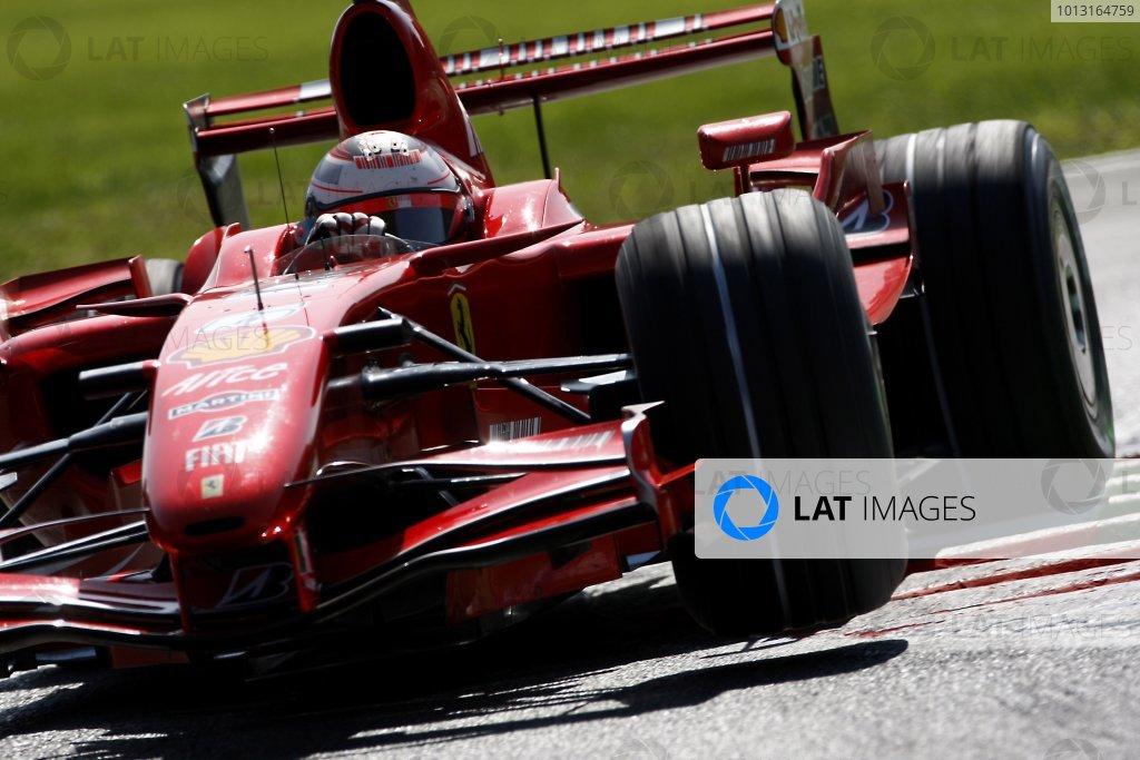 2007 Italian Grand PrixAutodromo di Monza, Monza, Italy.7th - 9th September 2007.Kimi Raikkonen, Ferrari F2007. Action.World Copyright: Lorenzo Bellanca/LAT Photographicref: Digital Image _64I6180