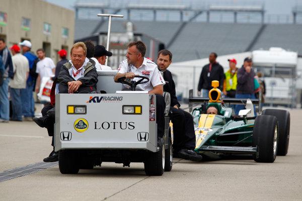 15-21 May, 2010, Indianapolis, Indiana, USATakuma Sato's car is hauled to the pit lane.©2010, Phillip Abbott, USALAT Photographic