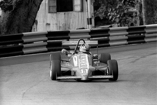 Kenny Acheson (GBR).Macau Formula Three Grand Prix, Guia Circuit, Macau, 25 November 1985.