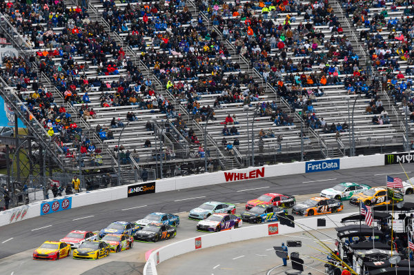 Monster Energy NASCAR Cup Series First Data 500 Martinsville Speedway, Martinsville VA USA Sunday 29 October 2017 Joey Logano, Team Penske, Shell-Pennzoil Ford Fusion and Brad Keselowski, Team Penske, Alliance Truck Parts Ford Fusion World Copyright: Nigel Kinrade LAT Images
