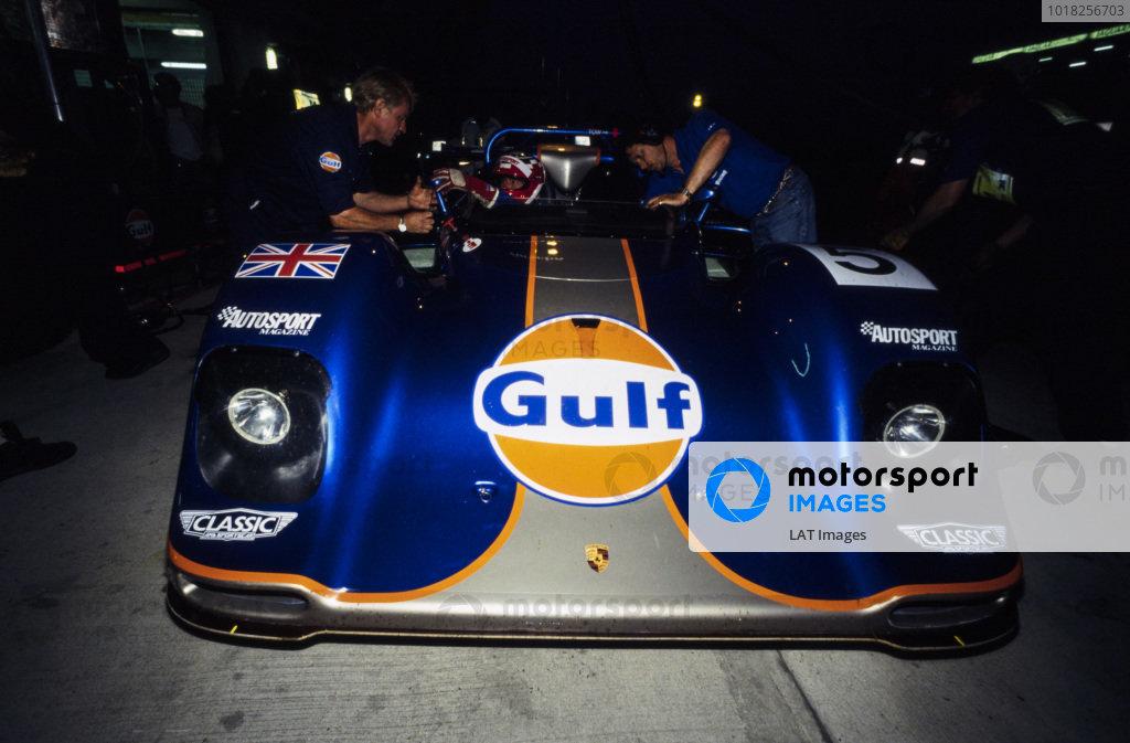 Derek Bell / Robin Donovan / Jùrgen Lässig, Gulf Oil Racing, Kremer CK8 Spyder Porsche, makes a pitstop during the night.