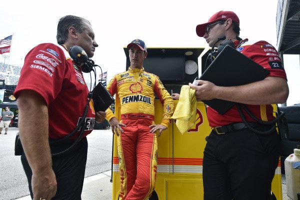 #22: Joey Logano, Team Penske, Ford Mustang Shell Pennzoil and Todd Gordon