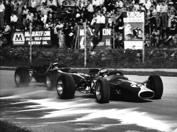 1967 Italian Grand Prix.Monza, Italy.8-10 September 1967.Jim Clark (Lotus 49 Ford).World Copyright - LAT Photographic