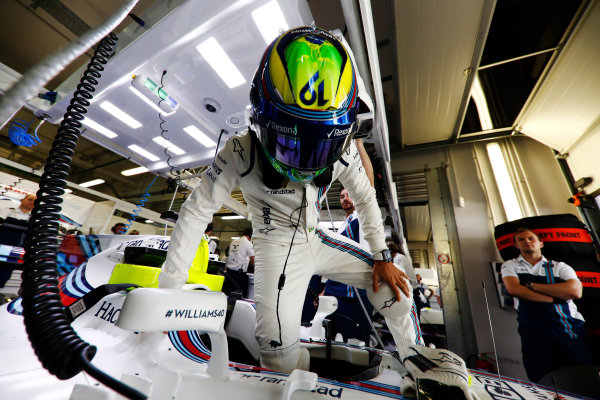 Sochi Autodrom, Sochi, Russia. Friday 28 April 2017. Felipe Massa, Williams Martini Racing, enters his cockpit. World Copyright: Glenn Dunbar/LAT Images ref: Digital Image _X4I6527