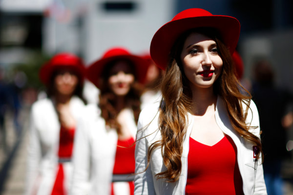 Sochi Autodrom, Sochi, Russia. Sunday 30 April 2017. Russian Grid Girls arrive World Copyright: Andy Hone/LAT Images ref: Digital Image _ONZ1597