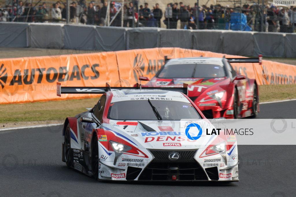 2017 Japanese Super GT Series. Okayama, Japan. 8th - 9th April 2017. Rd 1. GT500 3rd position Heikki Kovalainen & Kohei Hirate ( #1 DENSO KOBELCO SARD LC500 ) action World Copyright: Yasushi Ishihara / LAT Images. Ref: 2017SGT_Rd1_008