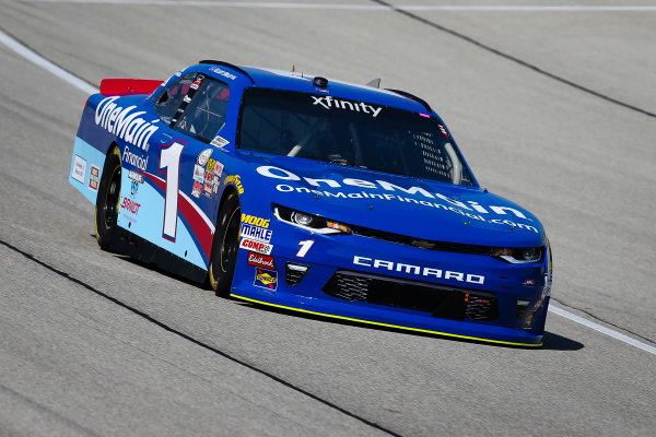 NASCAR XFINITY Series TheHouse.com 300 Chicagoland Speedway, Joliet, IL USA Friday 15 September 2017 Elliott Sadler, OneMain Financial Chevrolet Camaro World Copyright: Barry Cantrell LAT Images