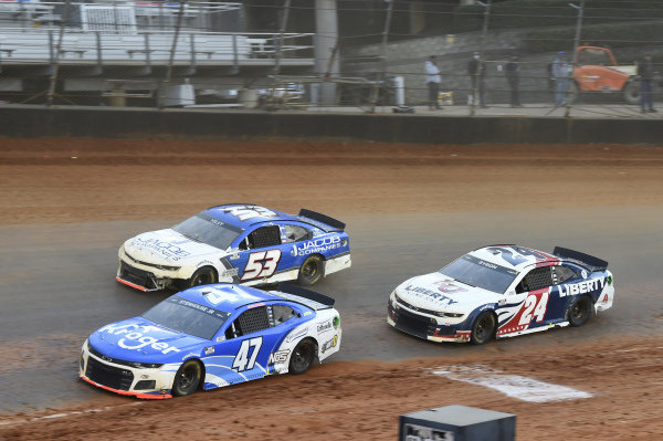 #47: Ricky Stenhouse Jr., JTG Daugherty Racing, Chevrolet Camaro Kroger, #53: J.J. Yeley, Rick Ware Racing, Chevrolet Camaro