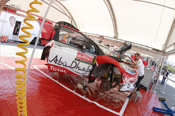 Abu Dhabi Total World Rally Team Citroen DS3 WRC in service at World Rally Championship, Rd5, Rally Portugal, Preparations, Matosinhos, Portugal, 18 May 2016.