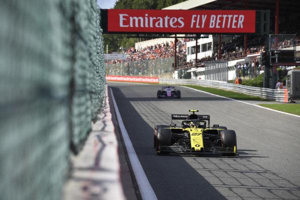 Nico Hulkenberg, Renault R.S. 19, leads Lance Stroll, Racing Point RP19