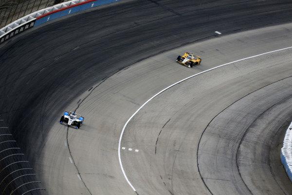 #15: Graham Rahal, Rahal Letterman Lanigan Racing Honda, #2: Josef Newgarden, Team Penske Chevrolet