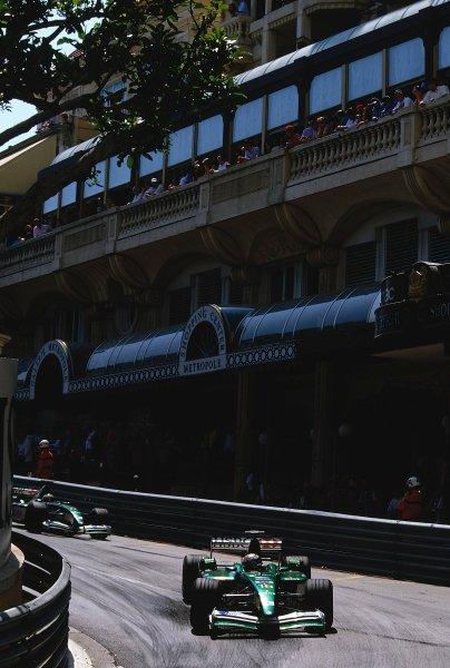2002 Monaco Grand Prix.Monte Carlo, Monaco. 23-26 May 2002.Eddie Irvine followed by team mate Pedro de La Rosa (both Jaguar R3's) at Mirabeau.Ref-02 MON 37.World Copyright - LAT Photographic