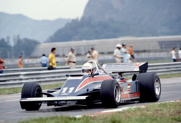 1981 Brazilian Grand Prix.Jacarepagua, Rio de Janeiro, Brazil.27-29 March 1981.Elio de Angelis (Lotus 81B Ford) 5th position.Ref-81 BRA 14.World Copyright - LAT Photographic