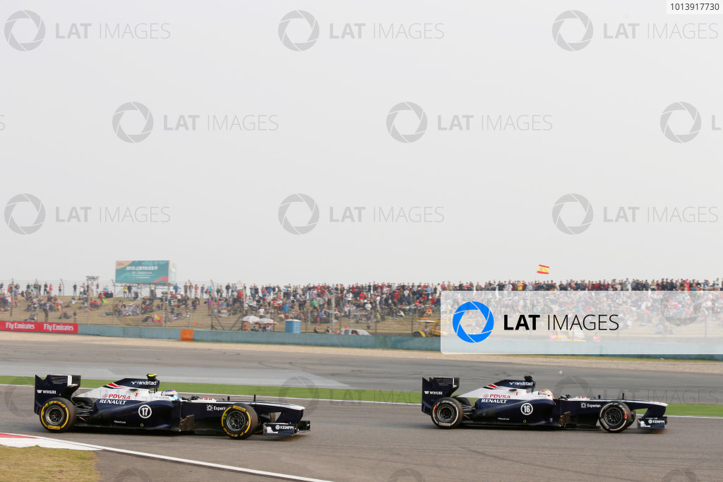 Shanghai International Circuit, Shanghai, China Sunday 14th April 2013 Pastor Maldonado, Williams FW35 Renault, leads Valtteri Bottas, Williams FW35 Renault.  World Copyright: Charles Coates/LAT Photographic ref: Digital Image _N7T7410