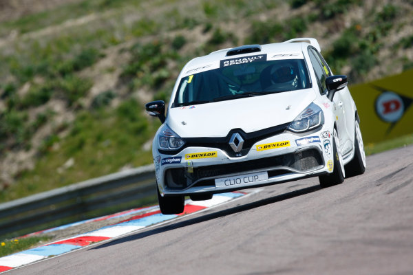 2016 Renault Clio Cup, Thruton, 7th-8th My 2016 Mike Bushell (GBR) Team Pyro Renault Clio Cup  World copyright. Jakob Ebrey/LAT Photographic