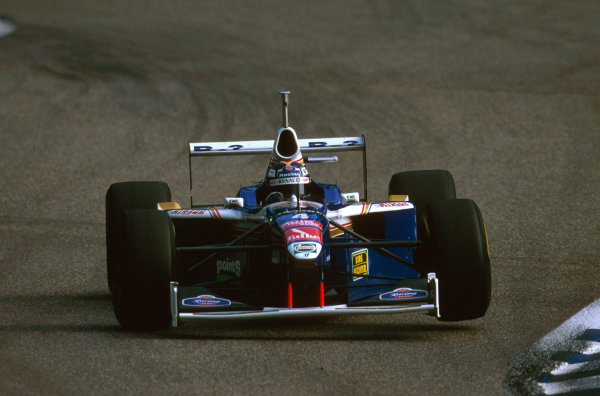 Hockenheim, Germany.25-27 July 1997.Heinz-Harald Frentzen (Williams FW19 Renault) failed to finish after a collision with Irvine on lap 1.Ref-97 GER 22.World Copyright - LAT Photographic