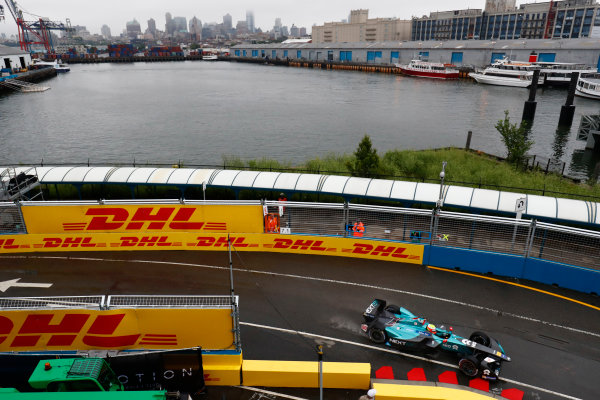 2016/2017 FIA Formula E Championship. Round 9 - New York City ePrix, Brooklyn, New York, USA. Friday 14 July 2017. Oliver Turvey (GBR), NextEV NIO, Spark-NEXTEV, NEXTEV TCR Formula 002. Photo: Sam Bloxham/LAT/Formula E ref: Digital Image _W6I1702