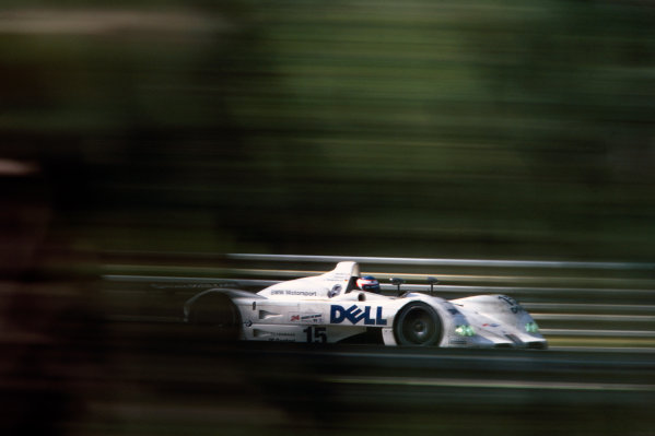 Le Mans, France. 12th - 13th June 1999. Pierluigi Martini/Yannick Dalmas/Joachim Winkelhock (BMW V12 LMR), 1st position, action. World Copyright: LAT Photographic. Ref:  99LM04.