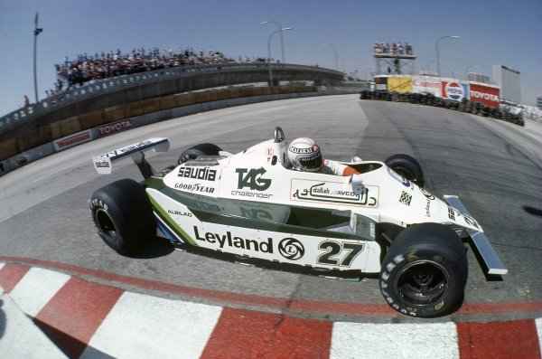 1980 United States Grand Prix West.Long Beach, California, USA. 28-30 March 1980.Alan Jones (Williams FW07B-Ford Cosworth), retired.World Copyright: LAT PhotographicRef: 35mm transparency 80LB09