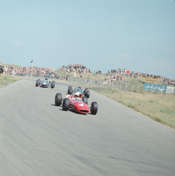 Zandvoort, Holland.22-24 July 1966.Michael Parkes (Ferrari 312) leads Jackie Stewart (BRM P261) and Dan Gurney (Eagle T1G Climax). Stewart finished in 4th position.Ref-3/2312.World Copyright - LAT Photographic