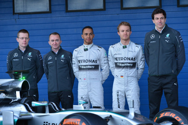 (L to R): Andy Cowell (GBR) Managing Director, Mercedes AMG High Performance Powertrains, Paddy Lowe (GBR) Mercedes AMG F1 Executive Director (Technical), Lewis Hamilton (GBR) Mercedes AMG F1, Nico Rosberg (GER) Mercedes AMG F1 and Toto Wolff (AUT) Mercedes AMG F1 Director of Motorsport with the new Mercedes AMG F1 W05. Formula One Testing, Jerez, Spain, Day One, Tuesday 28 January 2014.