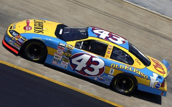 03/26/04 NASCAR Nextel Cup Series.Round 6 of 36. Food City 500. Jeff Green. Bristol, Tennessee, USA.
