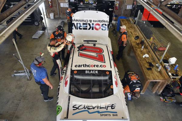 #07: Ray Black II, SS Green Light Racing, Chevrolet Camaro ISOKERN Fireplaces & Chimneys, Scuba Life