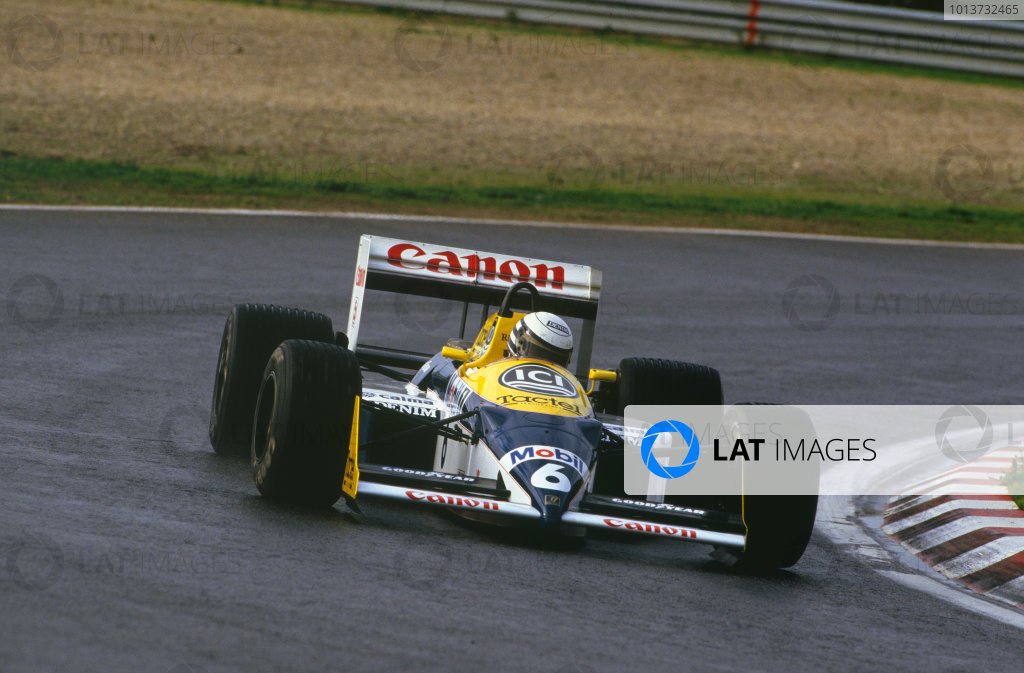 Estoril, Portugal. Riccardo Patrese (Williams FW11B-Judd), testing the new engine for the 1988 season, action.  World Copyright: LAT Photographic. Ref:  Colour Transparency