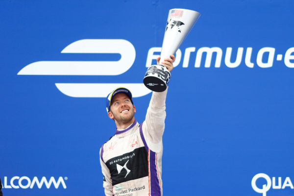 2016/2017 FIA Formula E Championship. Round 9 - New York City ePrix, Brooklyn, New York, USA. Saturday 15 July 2017. Sam Bird (GBR), DS Virgin Racing, Spark-Citroen, Virgin DSV-02, celebrates after winning the race. Photo: Alastair Staley/LAT/Formula E ref: Digital Image _R3I0001