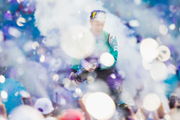 2017/2018 FIA Formula E Championship. Round 5 - Mexico City ePrix. Autodromo Hermanos Rodriguez, Mexico City, Mexico. Saturday 3 March 2018. Oliver Turvey (GBR), NIO Formula E Team, NextEV NIO Sport 003, celebrates on the podium. Photo: Zak Mauger/LAT/Formula E ref: Digital Image _54I9139