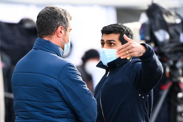 Michael Masi, Race Director, FIA chats with Karun Chandhok, Sky TV