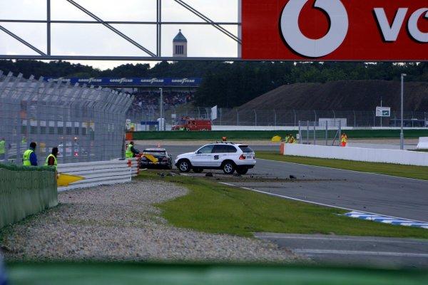 2002 DTM Championship.Hockenheim, Germany. 5-6 October 2002.Jean Alesi's wrecked HWA/Mercedes CLK DTM car.World Copyright - Andre Irlmeier/LAT Photographic